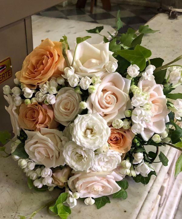 00018-bouquet8FAFAC64-151A-9984-11D2-D3521F848702.jpg