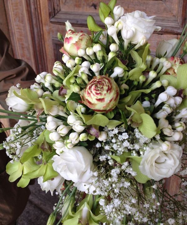 00023-bouquet2D29A1A8-E6AE-548E-2721-A4E998D43832.jpg